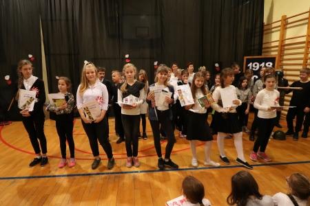 Wyniki szkolnego konkursu literackiego z okazji 100. rocznicy odzyskania przez P